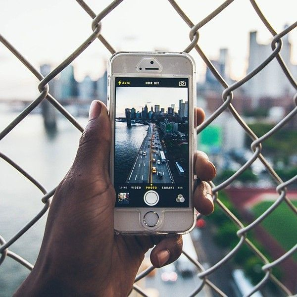 humza-deas-new-york-smartphone2