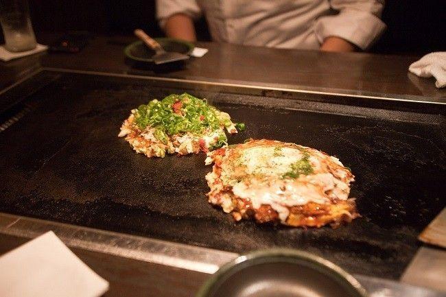 Okonomiyaki-pizza-japonaise-teppan
