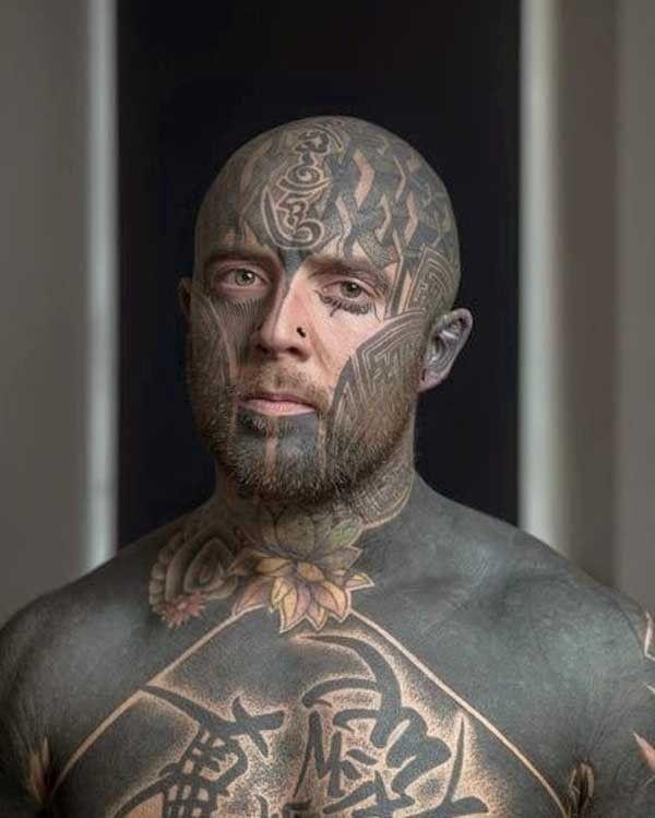 tatouage visage 2