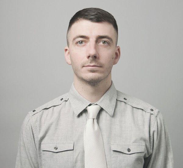 untold uniforme