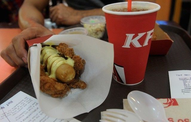double-down-dog-kfc-philippines