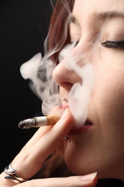 tinder-boycott-fumeur-campagne