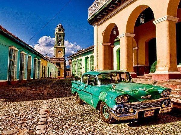 Cuba-voiture-art-deco