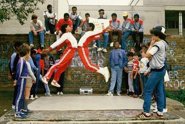 breakdancers photo