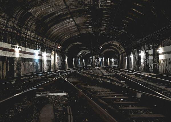 stations de métro fantômes Jeremie Masuka