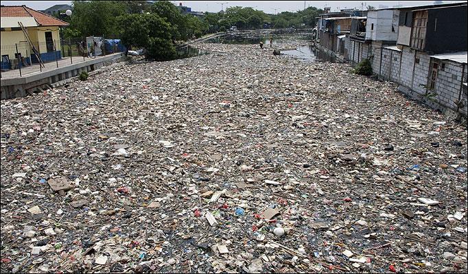 citarum-river-trash2
