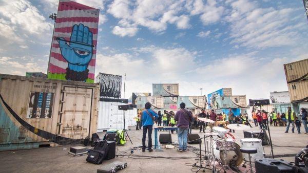 160217180233-street-art-delhi-21-super-169