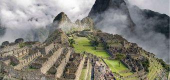 Traverse les plus beaux paysages du Pérou à bord d'un train !