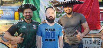Interdit de Coupe du Monde ? Ses amis l'emmènent en Russie…avec une silhouette en carton