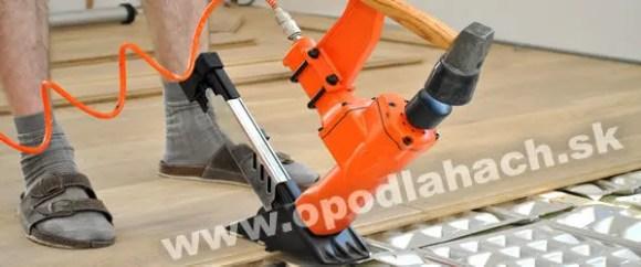 podlahárska pneumatická klincovačka