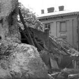 Baszta Pod Zrębem z zawaloną ścianą