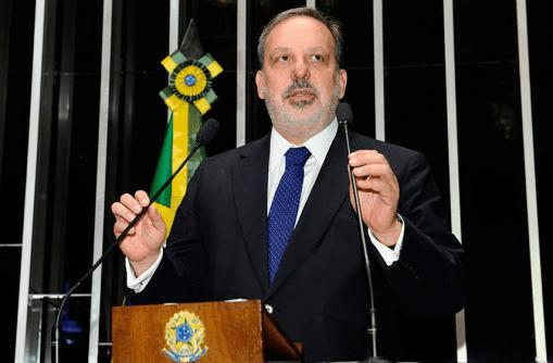 """Foto: Senado de Brasil. Brasil ha padecido en los últimos años un fenómeno conocido como el """"mal holandés"""" (Dutch desease)."""