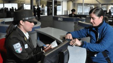 Photo of El SAT elimina pagos en efectivo de pasajeros en las aduanas de México