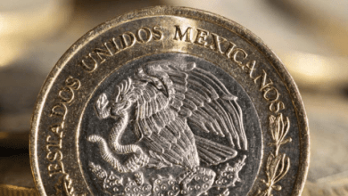 Photo of El peso cotiza estable con presiones por guerra comercial