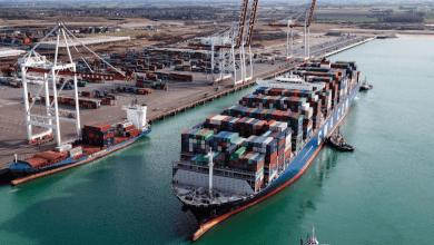 Las exportaciones y las importaciones de Costarica han disminuido su peso en el PIB de ese país.