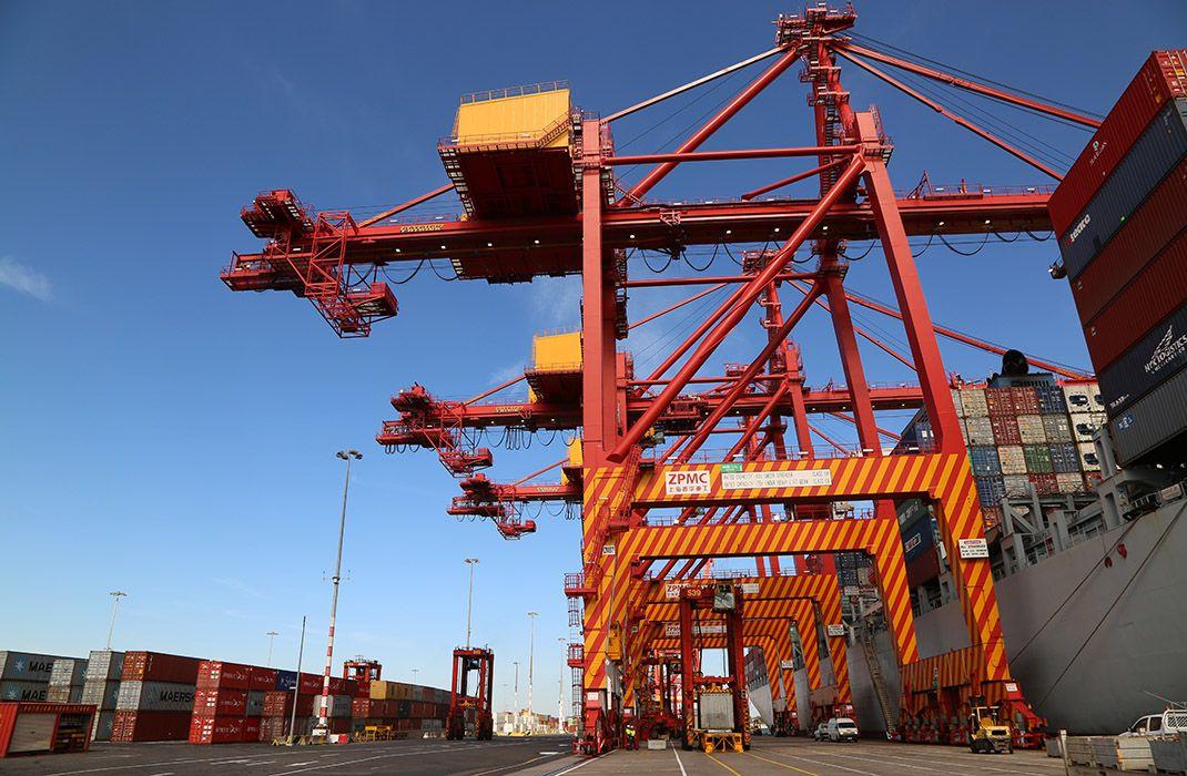 El comercio mundial de bienes se ha desacelerado bruscamente.
