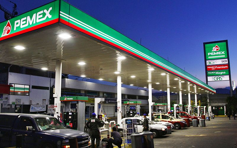 As part of its franchise program, Pemex operates three association structures: Pemex franchise, branded product sub-license, and the sale of generic non-branded products.