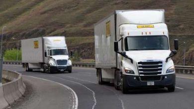 Los tractocamiones nuevos atraen a conductores de calidad, destaca la empresa estadounidense J. B. Hunt Transport Services, inc. (JB Hunt).
