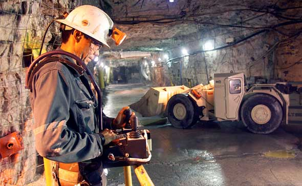 Some mining operations carried out by Canadian companies continue to be criticized, despite the social responsibility actions promoted by the Canadian government, said the US Government's State Department.