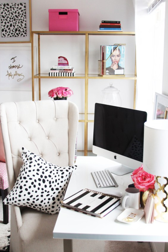 Megan Wards girly-chic-home-office-tour www.seypezeshki