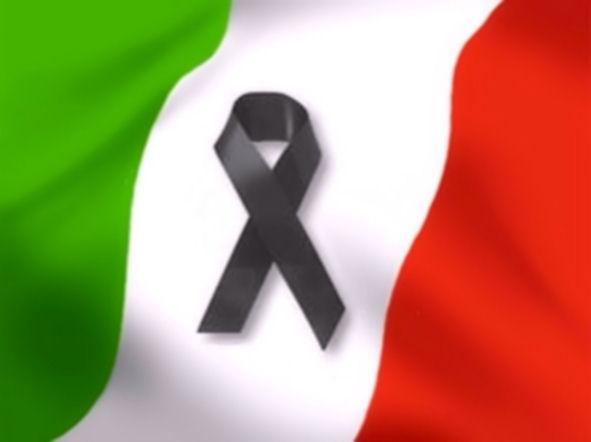 bandiera italia lutto