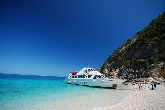 spiaggia cala mariolu sardegna più bella d'italia