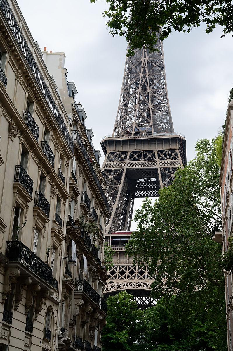 balade dans Paris tour eiffel