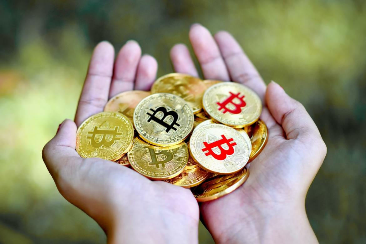 Cryptocurrency: Taking the world of Finance by storm