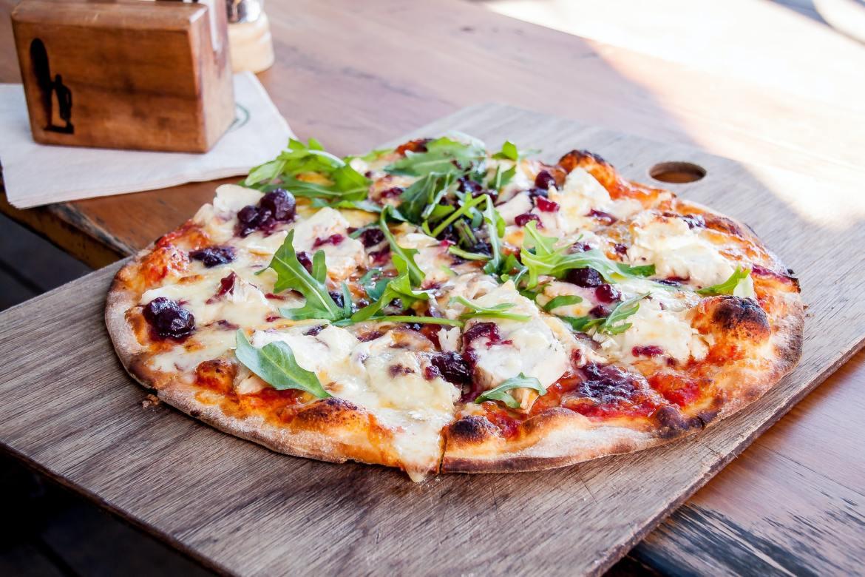 How To Get Best Deals on Pizzas in Edmonton