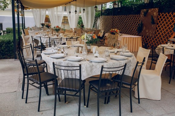 All You Need To Know About Hiring Catering And Buffet Services For Party Hire