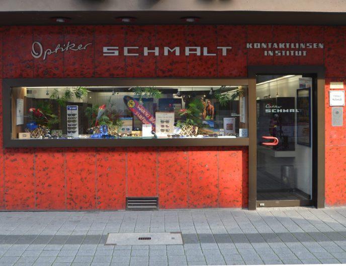 linkes Ladenlokal Optiker Schmalt