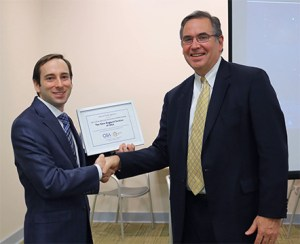 Dr. Fantone Presents OSA Excellence Prize to Peter Goldstein, NES/OSA President