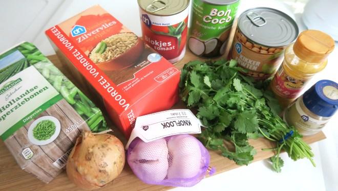 Ingredienten curry met kikkererwten