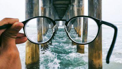 Gözleriniz için en iyi gözlük camlarını nasıl seçersiniz?