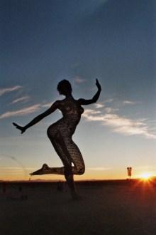 Dancing Bliss ved solopgang