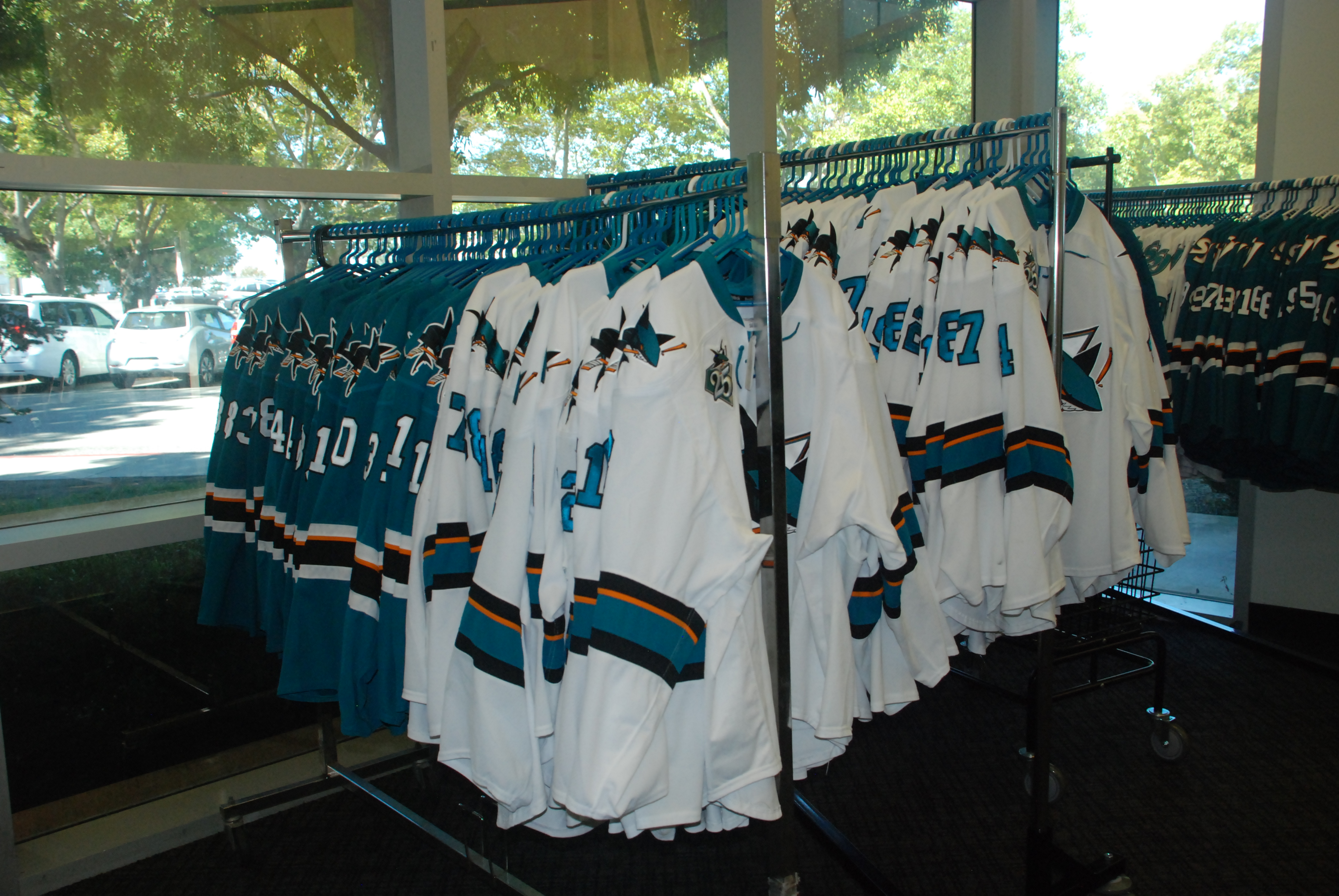 look for d9387 6f1a1 Game Worn Jersey Sources – NHL and AHL List – Opurt