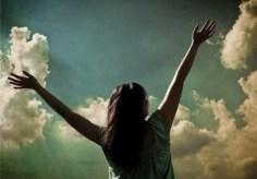 Oración para glorificar y dar gracias a Dios por el nuevo día