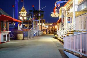 newport beach balboa fun zone at night