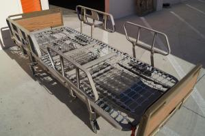 Hill Rom 840 Centra Beds for Sale - full epectric hospital beds.