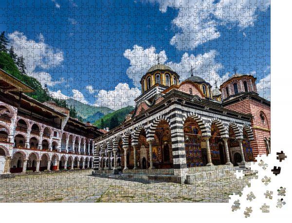 Das im jahr 2015 eröffnete museum besticht mit seinen werken aus der bulgarischen geschichte,. Puzzle Das Rila Kloster Ein Beruhmtes Kloster In Bulgarien Orangepuzzle Orangepuzzle