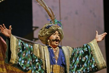 The fabulous André Chiang rules as Argante in Rinaldo. © Portland Opera / Cory Weaver