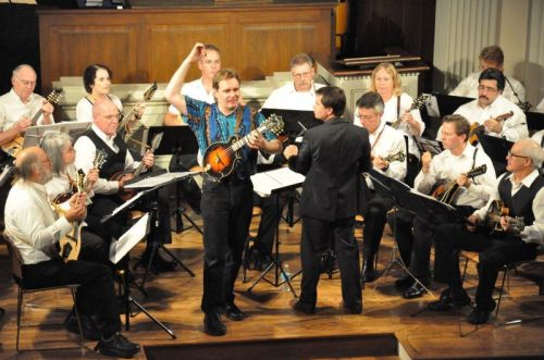 Oregon Mandolin Orchestra plays classical music in Portland and Hillsboro this weekend.