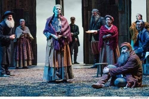Susannah Mars, center, as Golde. Photo: Patrick Weishampel