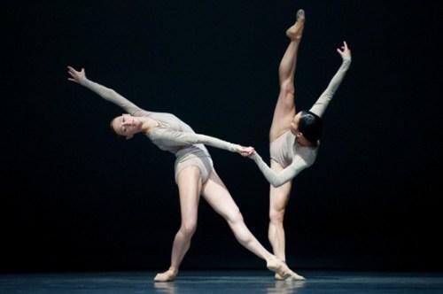 "San Francisco Ballet dances Wayne McGregor's ""Borderlands.""/Erik Tommason"