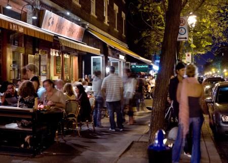 Montreal's busy Bernard Avenue. © Tourisme Montréal, Mario Melillo