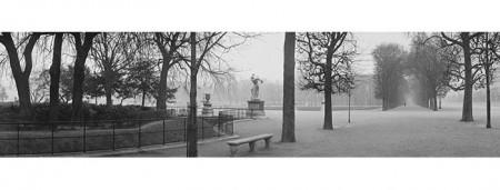 Jaroslav Poncar (Czech, born 1945), The Tuileries Garden, 1985. Musée Carnavalet-Histoire de Paris, Ph 1916 © Jaroslav Poncar