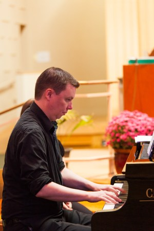 Composer Gjeilo joined Choral Arts Ensemble at Portland's St. Philip Neri church.