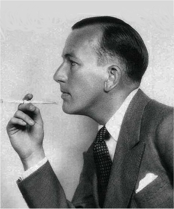 Noël Coward, ca. 1930. Wikimedia Commons