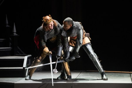 Dan Donohue and RJ Foster battle for the crown in RICHARD III at Oregon Shakespeare Festival/Jenny Graham