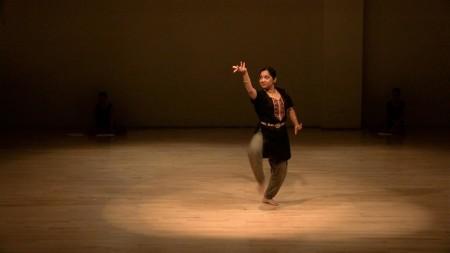 "Subashini Ganesan's premiere of the contemporary Indian dance performance  ""Al(l)one,"" November 2013, Studio 2.  Photo: Jingzi Zhao"